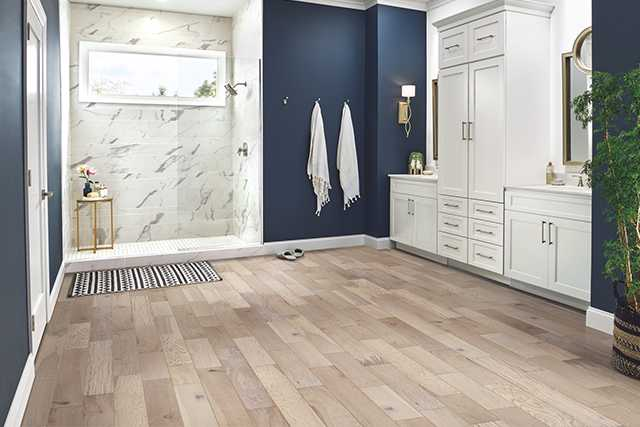 Bathroom Room Scene of Robbins HydroGuard Waterproof Oak Engineered Hardwood in Heavenly