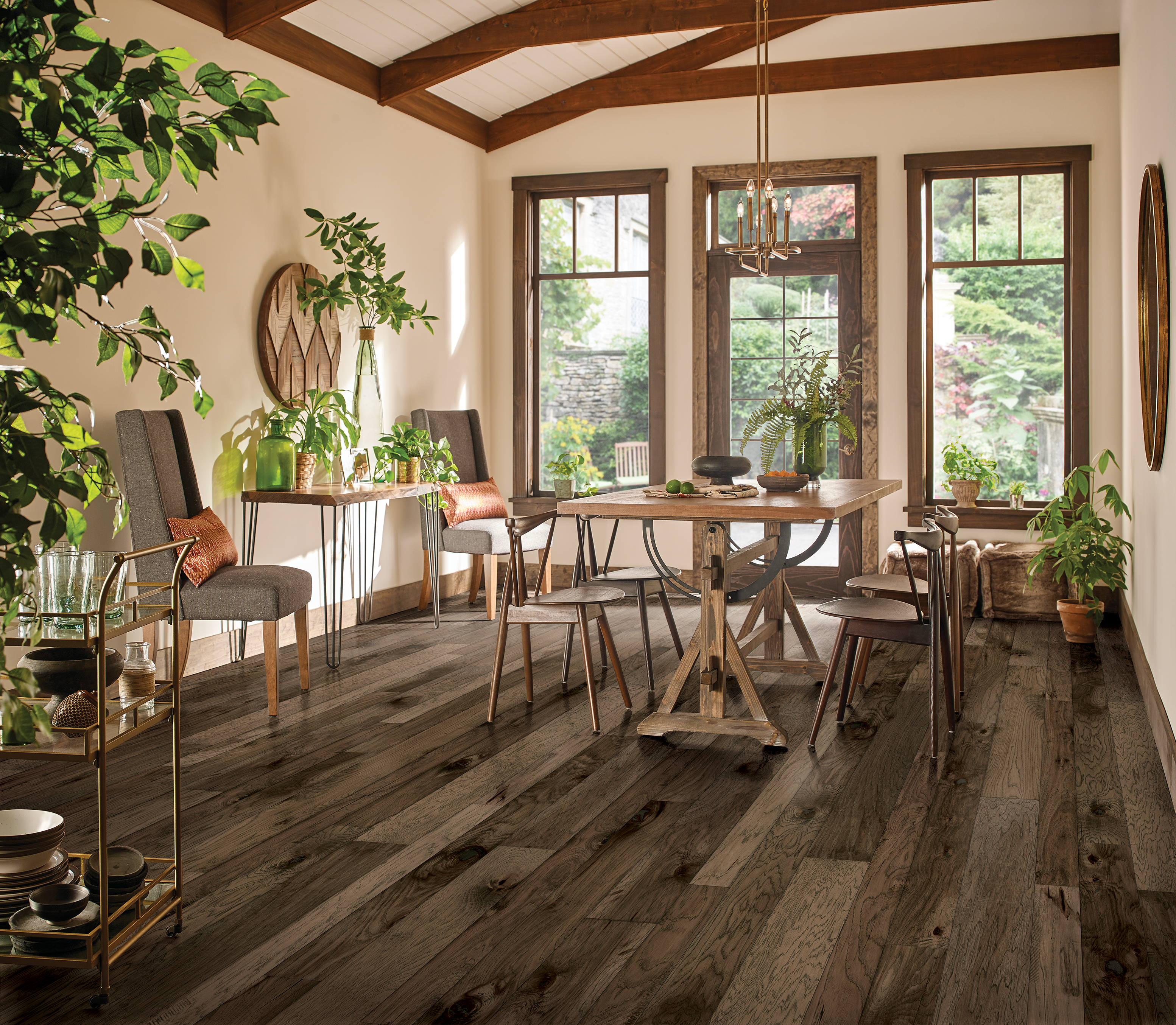 Nature's Canvas Silver Desert Hill Engineered Hardwood EHNCM3L04H
